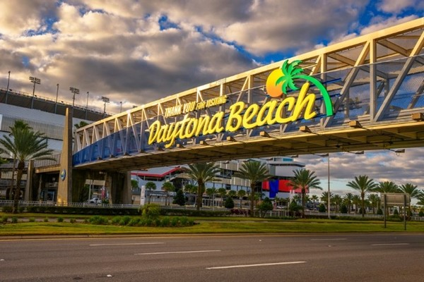 Move Closer to Your Career with Daytona Beach Realtors